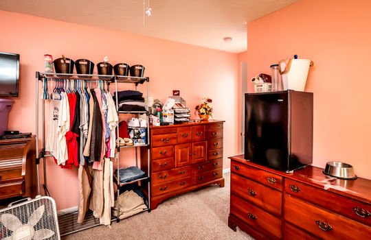 Homes and Land for sale Louisville, KY 044
