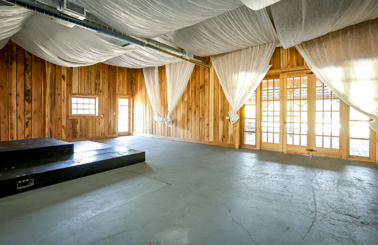 Wedding Venue, Barn wedding venue, event center, banquet hall, commercial property for sale 010