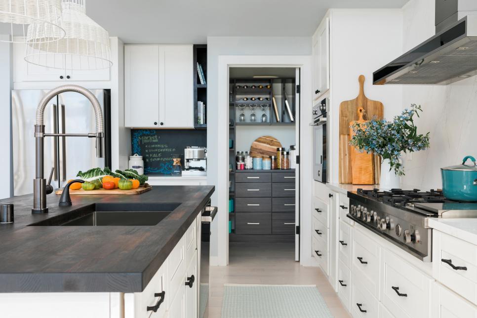 2018-hgtv-dream-home-kitchen-3