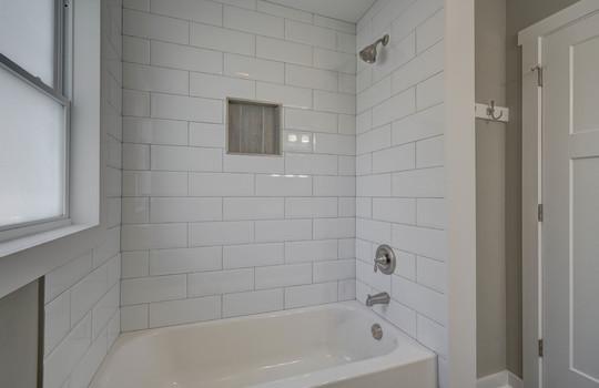 2801 Cowles Road, Charlotte, NC 28208 bathroom2-2