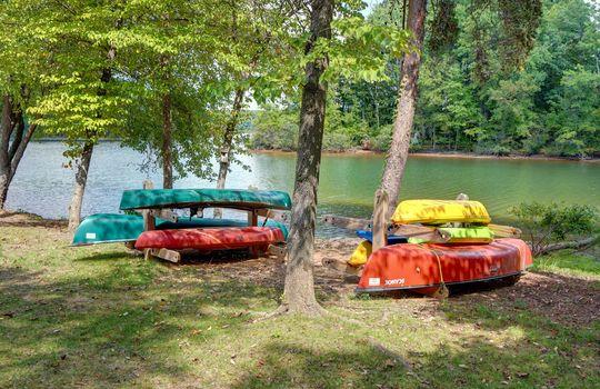 921 Northeast Dr 26 Kayaks