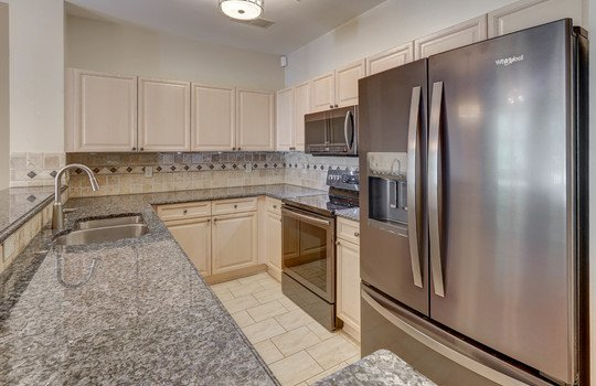 921 Northeast Dr 26 kitchen1