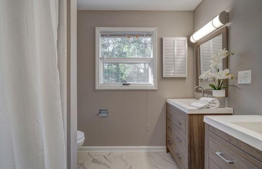2123 Davis Road bathroom2-1-2