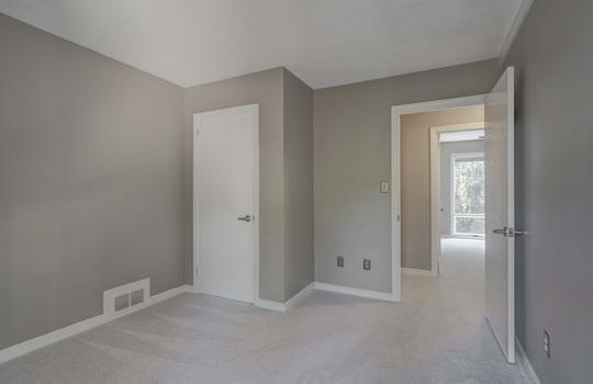 2123 Davis Road bedroom4-2-2