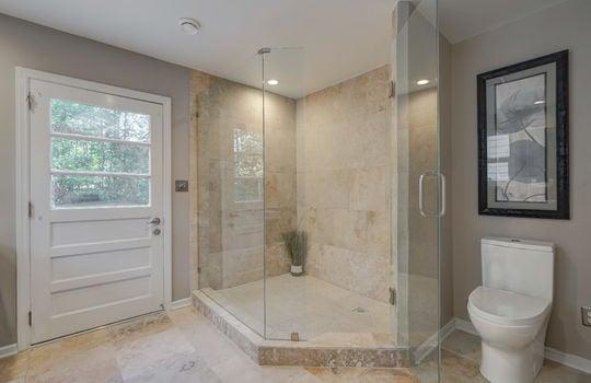 2123 Davis Road lower master bath3-2