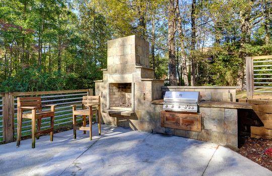 2123 Davis Road outdoor kitchen-2