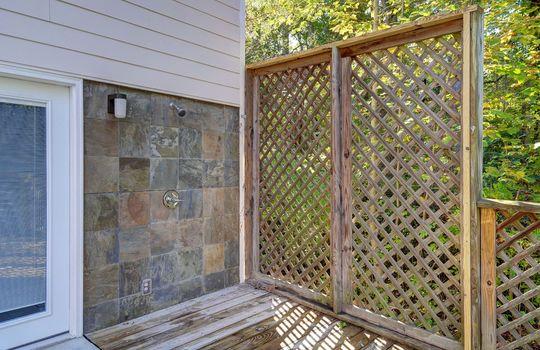 2123 Davis Road outdoor shower-2