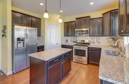 135 Mackinac Drive Mooresville NC 28117 kitchen2