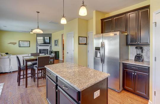 135 Mackinac Drive Mooresville NC 28117 kitchen3