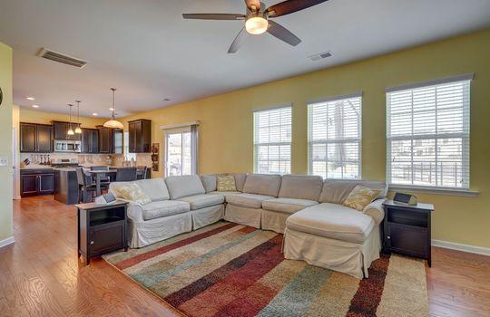 135 Mackinac Drive Mooresville NC 28117 living room 2 small