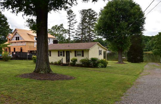 2 - 140 Morgan Bluff Rd Mooresville NC 28117 - Allen Adams Realty