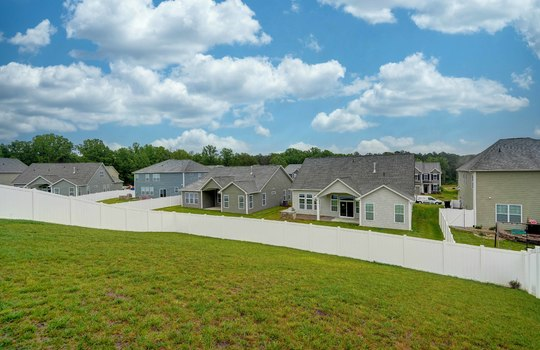 Backyard - 134 Longleaf Dr Mooresville NC - 28117 Allen Adams Realty