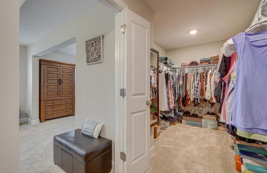 Master Closet - 134 Longleaf Dr Mooresville NC - 28117 Allen Adams Realty