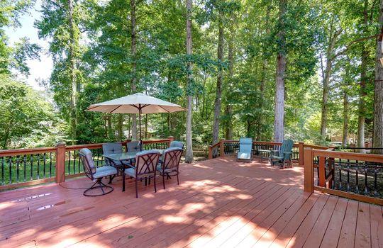 9025 Pennyhill Dr Huntersville NC 28078 - Bill Adams Realtor - Allen Adams Realty - deck1