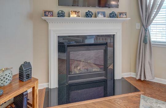 10 – fireplace – 110 Wrangell Dr Mooresville NC 28117 – Bill Adams – Realtor – Allen Adams Realty