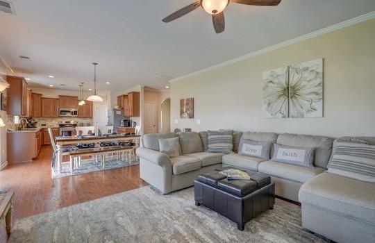 11 – living room – 110 Wrangell Dr Mooresville NC 28117 – Bill Adams – Realtor – Allen Adams Realty