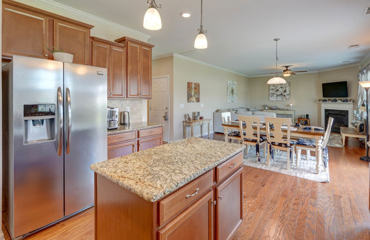 18 – kitchen – 110 Wrangell Dr Mooresville NC 28117 – Bill Adams – Realtor – Allen Adams Realty