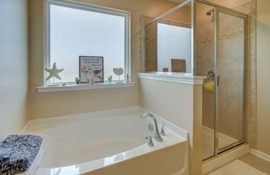 27 – master bath – 110 Wrangell Dr Mooresville NC 28117 – Bill Adams – Realtor – Allen Adams Realty