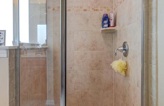 28 – master bath shower – 110 Wrangell Dr Mooresville NC 28117 – Bill Adams – Realtor – Allen Adams Realty