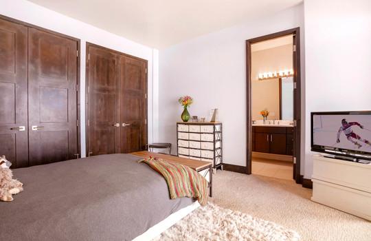 024 1800 Beard Creek Trail-print-017-27-Bedroom-4200×2800-300dpi