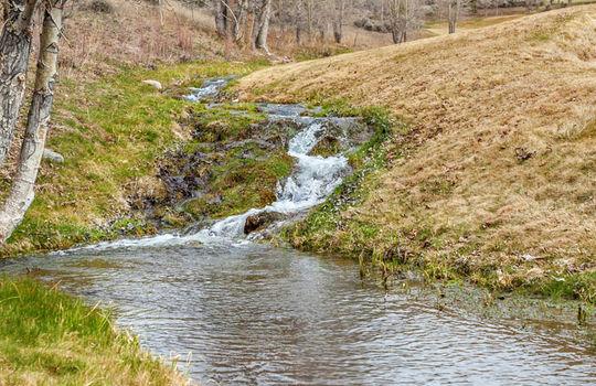 013 Dash 1710 Beard Creek Trail-print-033-16-Area-2574×3861-300dpi