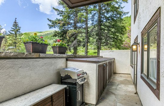 023 400 Vail Valley Drive #2