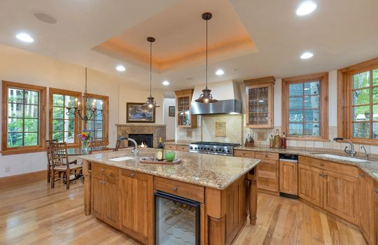 491-Forest-Trail-Website-and-MLS (9)