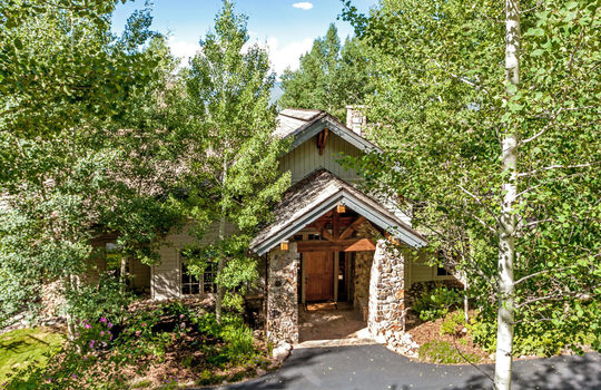 732-Forest-Trail-034-023-Exterior-MLS-Size