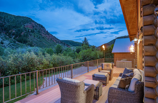 9273-Brush-Creek-Website-and-MLS-I-mes-0011