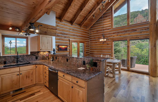 9273-Brush-Creek-Website-and-MLS-I-mes-0050