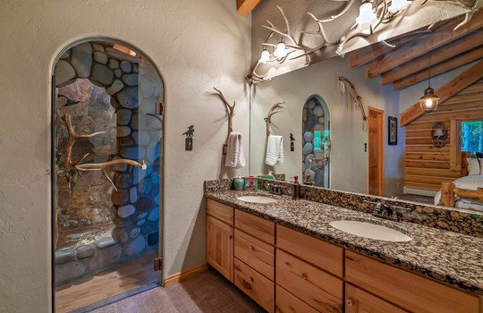 9273-Brush-Creek-Website-and-MLS-I-mes-0056