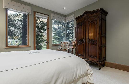 Bedroom-Five_800x600_2028699