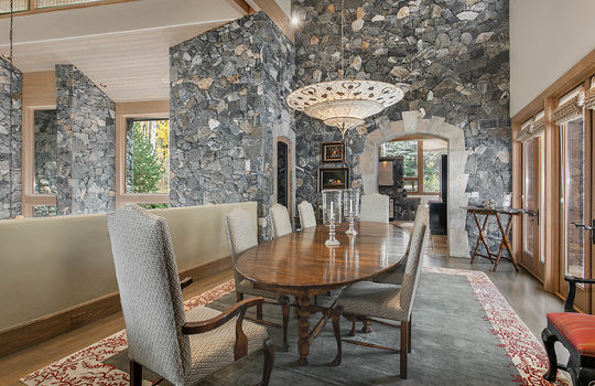 Dining-Area_high_2028707