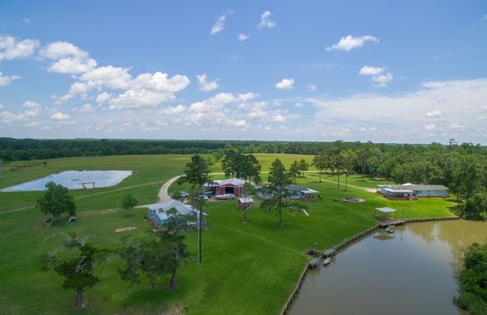 14-double-bayou-texas-waterfront-ranch