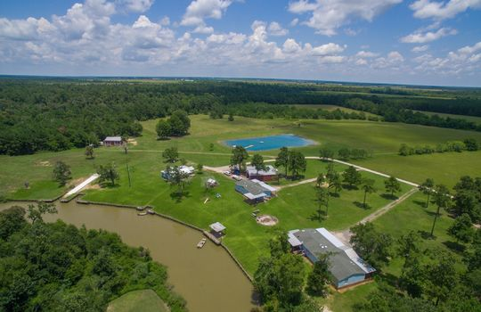 2-double-bayou-texas-waterfront-ranch