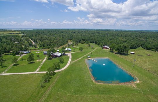 9-double-bayou-texas-waterfront-ranch