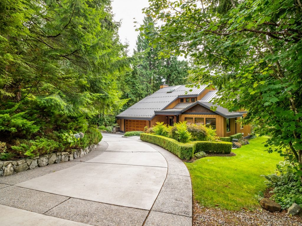 5 Incredible Luxury Listings Under $2M Dollars – Marketed by Macdonald Realty Agents