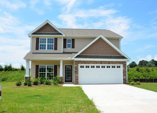 Buying a Lake Home in Highland, MI