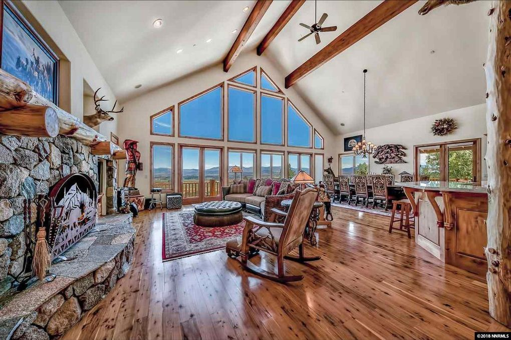 gardnerville mountain view living room