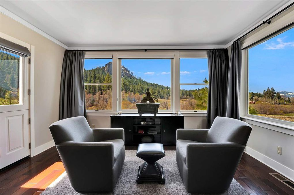 1967 Pray Meadow Glenbrook NV Living Sold By Chase International