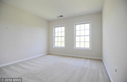 FX9660583 – Bedroom