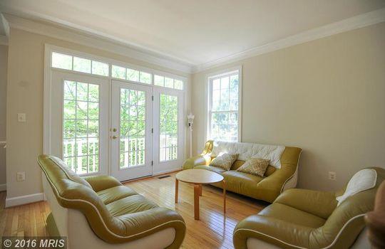 FX9660583 – Living Room