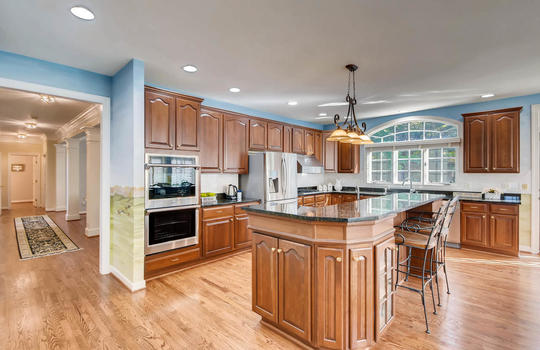 506-Pond-View-Ln-Cockeysville-large-010-26-Kitchen-1500×1000-72dpi