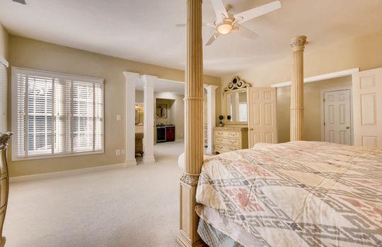 506-Pond-View-Ln-Cockeysville-large-017-3-2nd-Floor-Master-Bedroom-1500×1000-72dpi