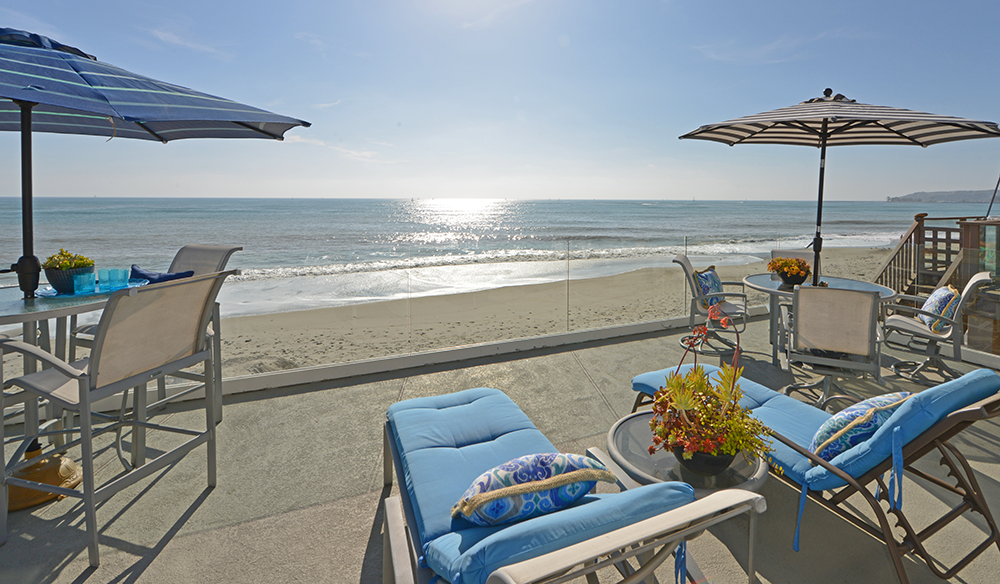 Dean Lueck Sells Oceanfront Home in Capistrano Beach