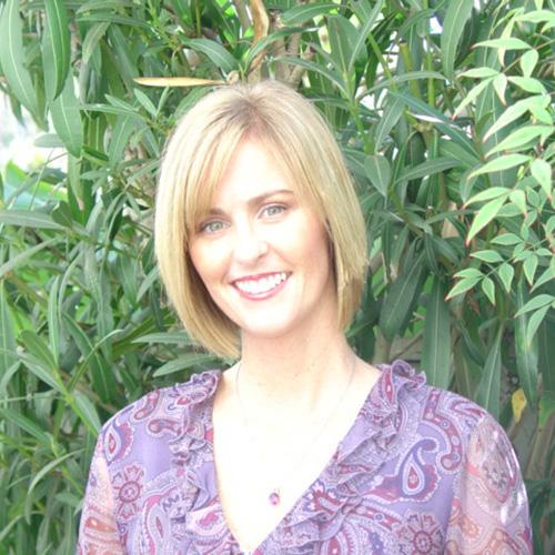 First Team agent Yvette Roberts headshot
