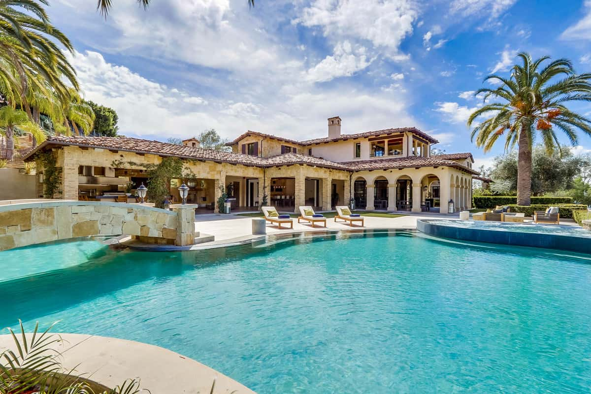 Luxury home in Yorba Linda with resort-style pool