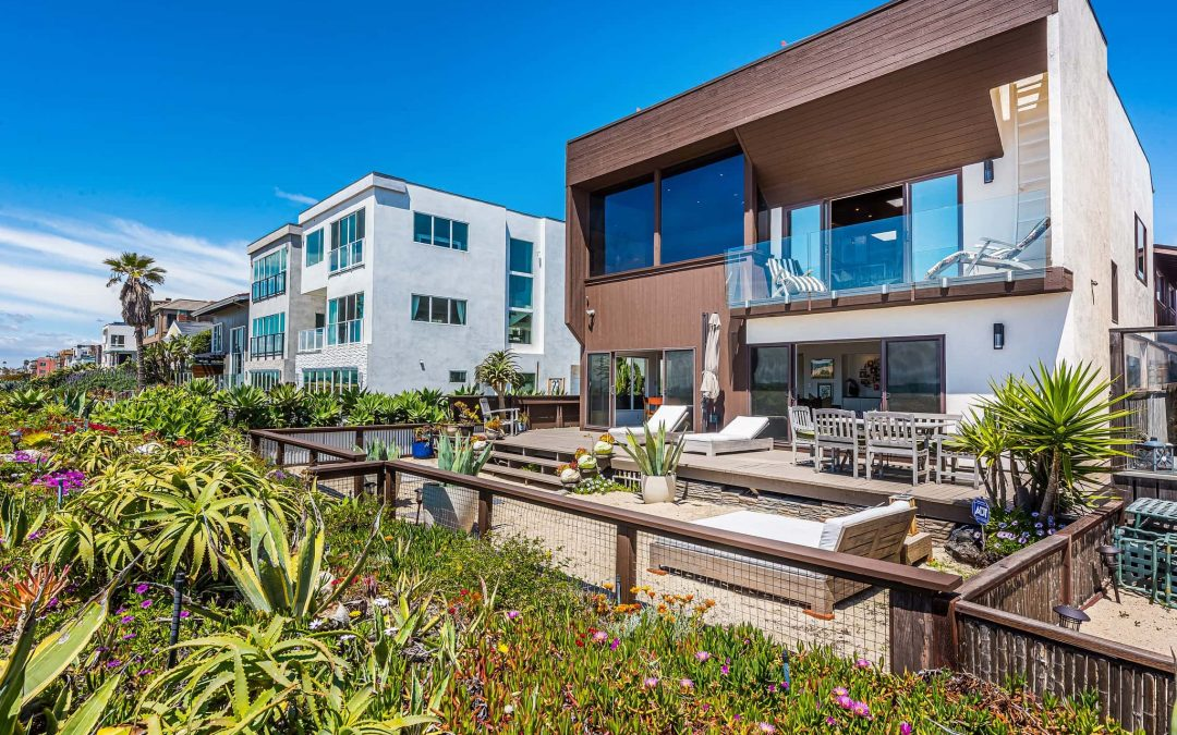 Mid-Century Modern Beach Home Closes Off-Market for $3.12 Million Thanks To First Team Agent Collaboration