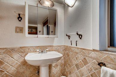 1544 9th Street Boulder CO-large-014-016-Master Bathroom-1500×1000-72dpi