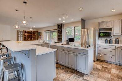 3800 Carlock Dr Boulder CO-large-011-8-Kitchen-1500×1000-72dpi